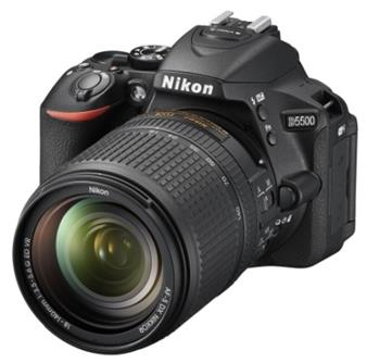 Nikon D5500 - zrcadlovka 18-140mm VR; VBA440K005