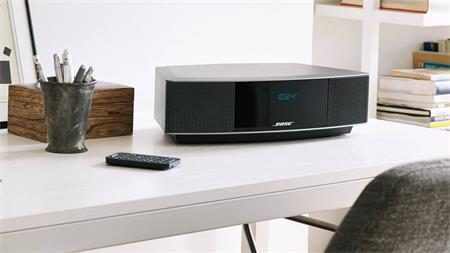 Bose Wave® music system IV stříbrný; B 737251-2300