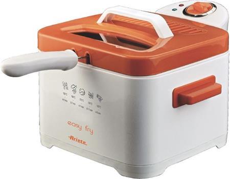 ARIETE 4611 - fritéza, kapacita fritovacího koše je 700 g, kapacita nádoby až 2,5 litru; 4611