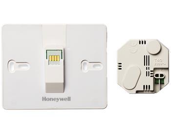 Honeywell ATF600 Sada pro montáž řídící jednotky EvoTouch-WiFi na zeď, vč. napájecího adaptéru; ATF600