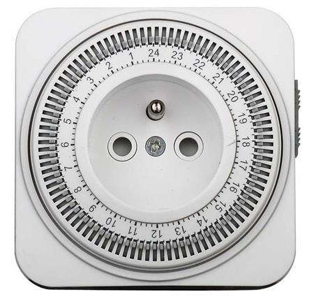Solight Časový spínač mechanický, denní 24 h., interval 15 min, vypínač, čtvercový; DT06