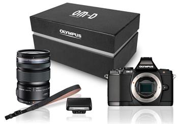Olympus E-M5 black Premium Kit + objektiv 12-50 black (V204045BE020); V204045BE020