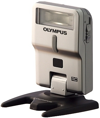Olympus FL-300R; V326110SE000